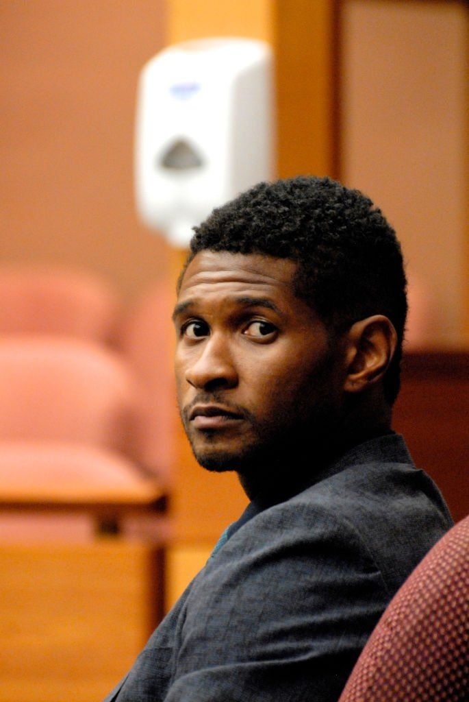 Usher Raymond attends a hearing to discuss child custody with his ex-wife Tameka Foster at Fulton County State Court | Photo: Getty Images