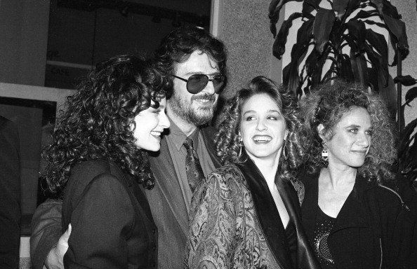 American songwriters Gerry Goffin and Carole King pose with their daughters Louise Goffin and Sherry Goffin Kondor, at a Songwriters