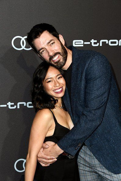 Drew Scott de 'Property Brothers' publica fotos da data da noite com sua esposa Linda Phan no SAG Awards 2020