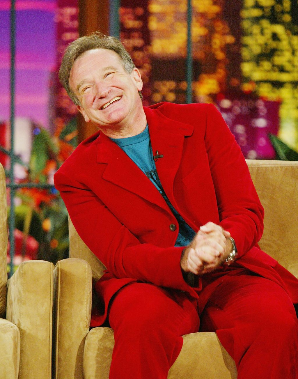 Robin Williams appears on